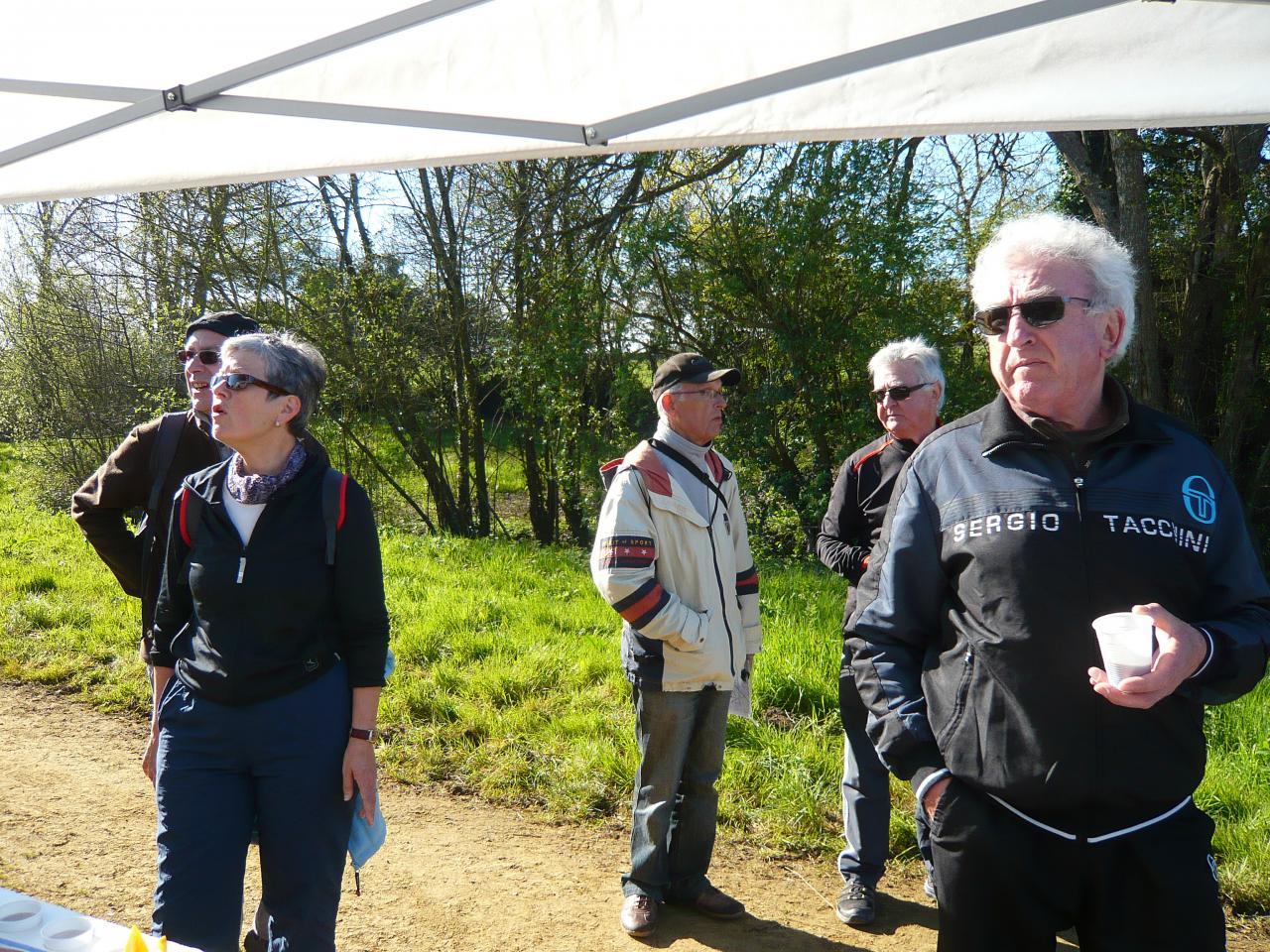 Ravito l'Angouinière - l'acceuil des marcheurs_20160417_20