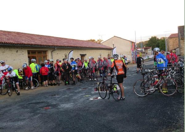 Départ de Beaupuy - Les Cyclos