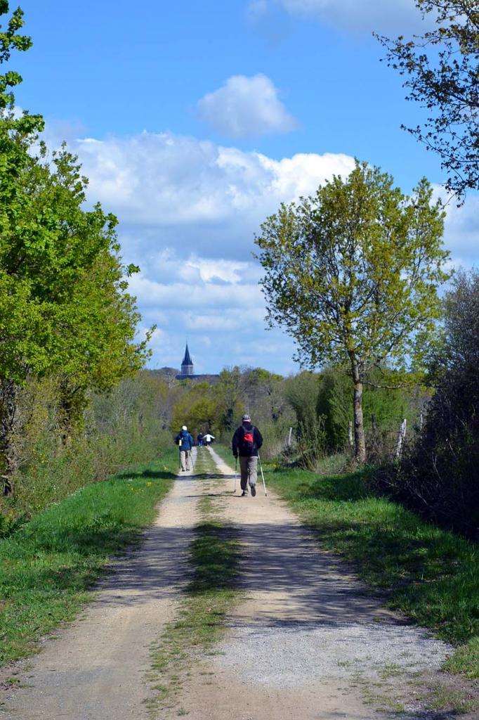 Sur la marche La Guy et Colette_20160417_0008